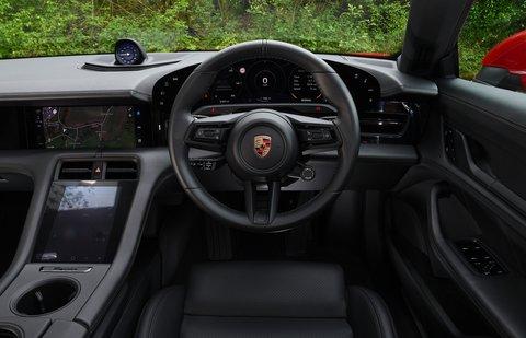 Porsche Taycan 2021 interior dashboard