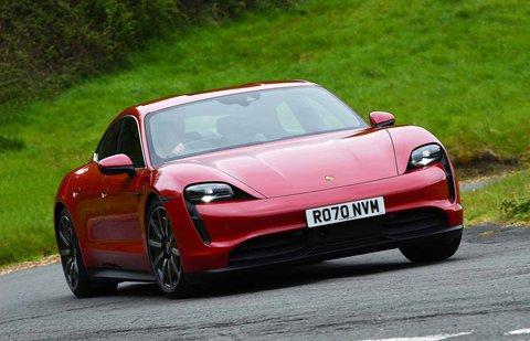 Porsche Taycan 4S 2021 front