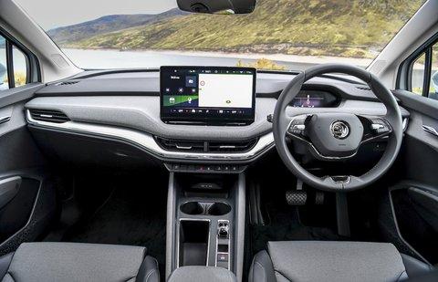 Skoda Enyaq 2021 interior dashboard