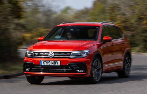 Volkswagen Tiguan Allspace 2019 front left tracking shot