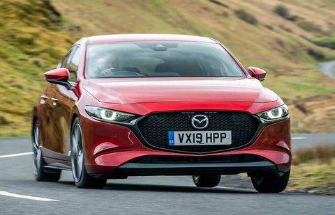 Mazda Mazda3 2019 front left cornering shot