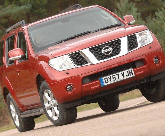 Nissan Pathfinder 4x4 (05   10)