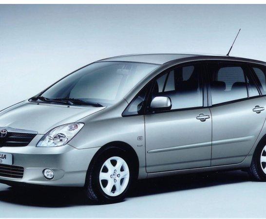 Toyota Corolla Verso (01   07)