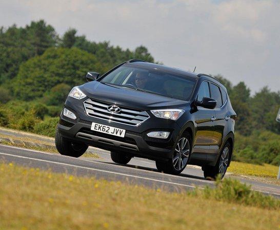 Hyundai Santa Fe. Review Continues Below.