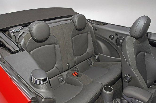 Mini Convertible 2021 RHD rear seats