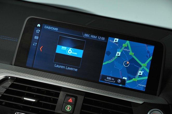 BMW X3 2021 infotainment