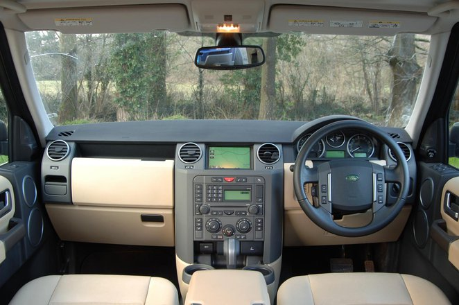 Land Rover Discovery (04-17)