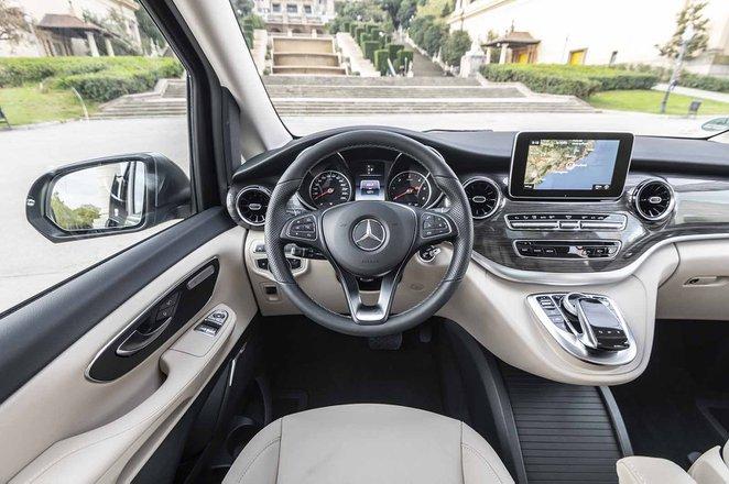 Mercedes-Benz V-Class 2019 LHD dashboard