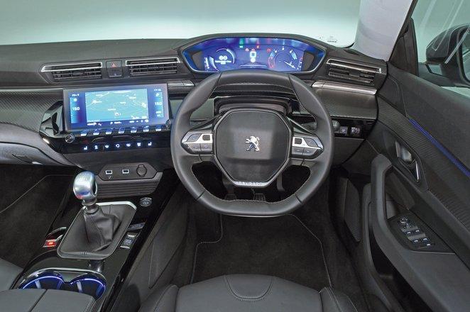 Peugeot 508 dashboard