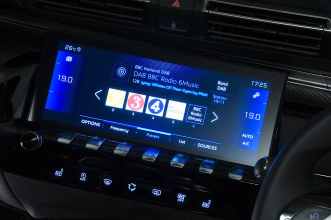 Peugeot 508 infotainment