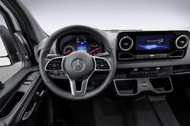 Mercedes-Benz Sprinter infotainment