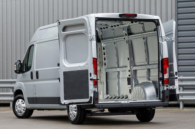 Peugeot Boxer load bay
