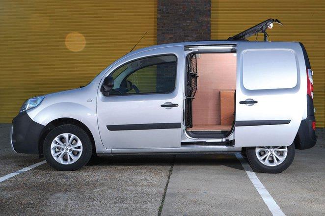 Renault Kangoo side-on interior