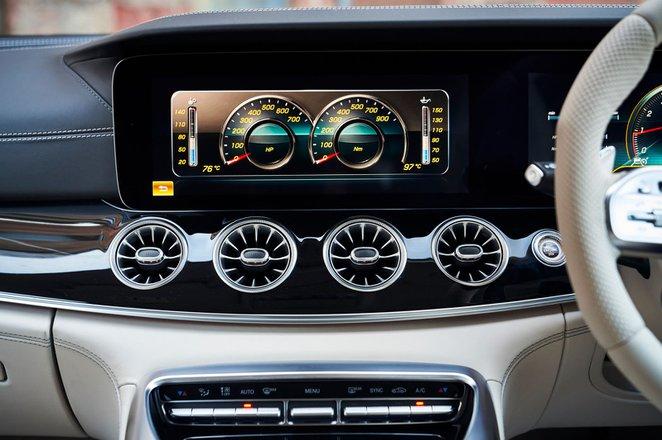 Mercedes-AMG GT 4-door 2019 centre console