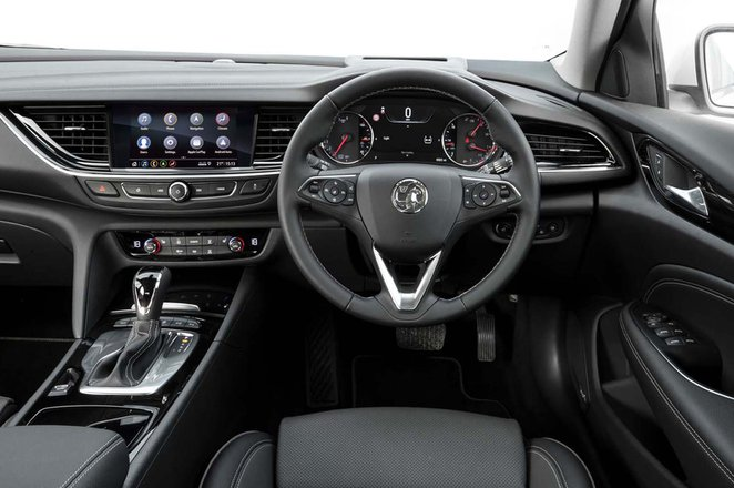 Vauxhall Insignia Sports Tourer 2019 RHD dashboard