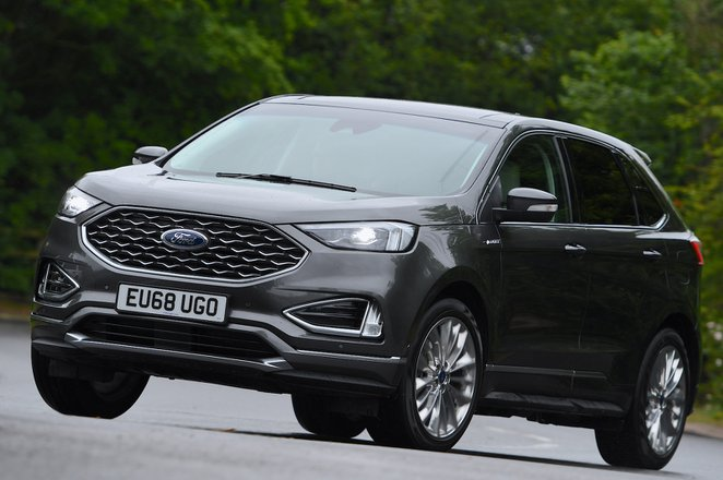2019 Ford Edge front cornering