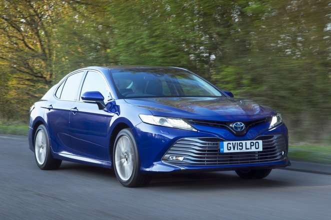 2019 Toyota Camry front