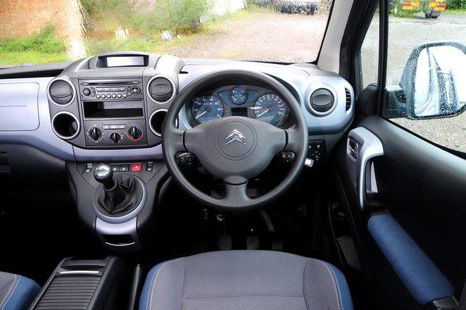 2017 Citroën Berlingo 1.6 HDI Feel - interior
