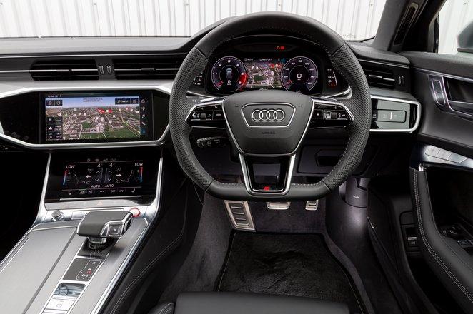 Audi S6 Avant dashboard