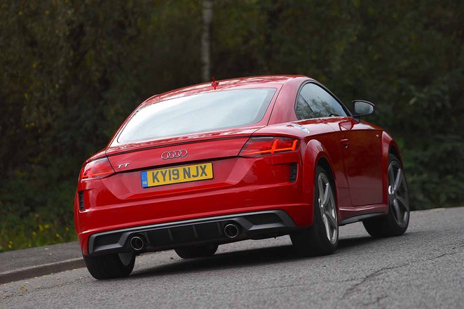 Audi TT Coupe 2019 rear tracking