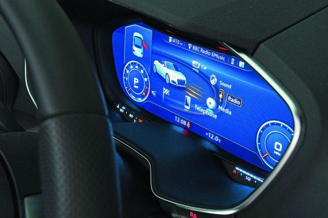 Audi TT Roadster 2019 RHD infotainment