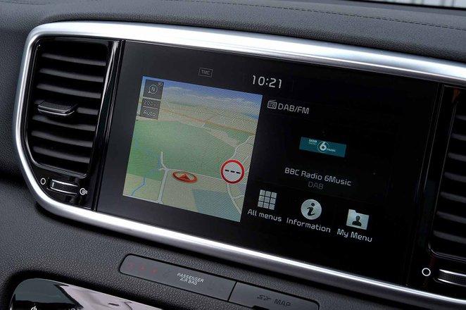 Kia Sportage 2019 RHD infotainment