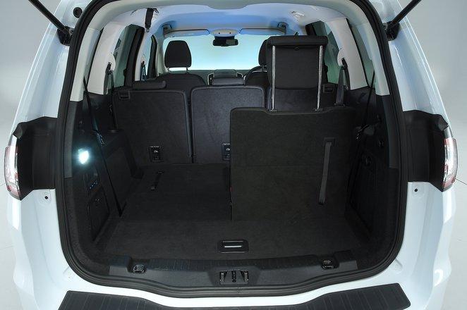 Used Ford Galaxy interior