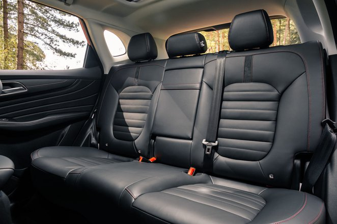 MG HS 2019 RHD rear seats