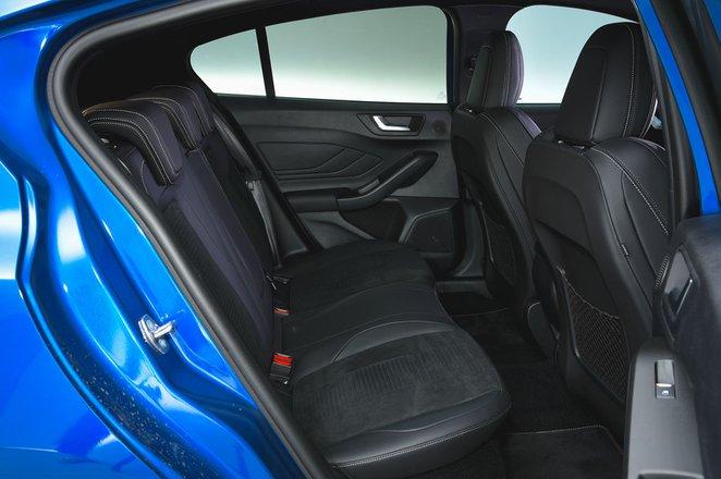Ford Focus ST 2019 RHD rear seats