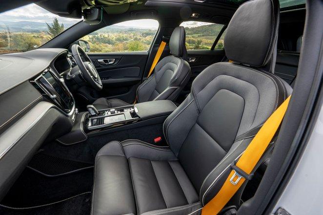 Volvo S60 R design Polestar Engineered 2019 RHD rear seats