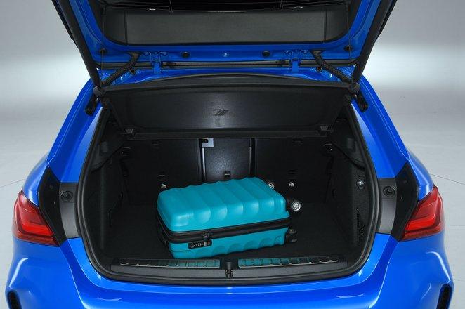BMW 1 Series boot