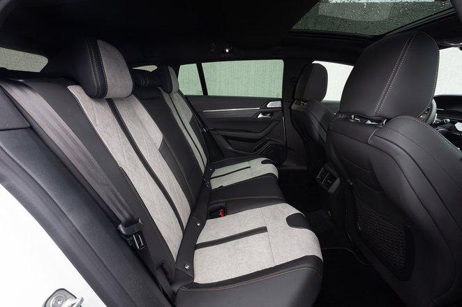 Peugeot 508 SW 2020 rear seats LHD