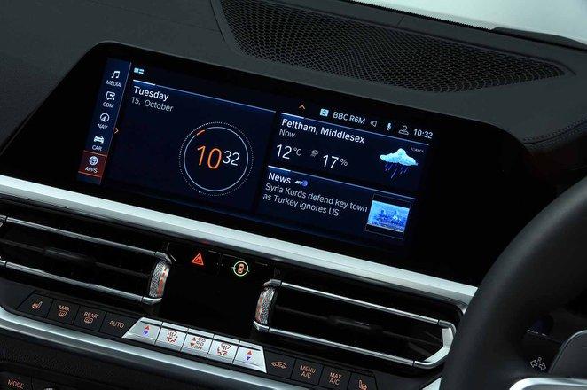 BMW 3 Series Saloon 2021 infotainment RHD
