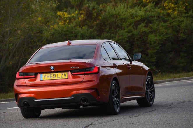 BMW 3 Series Saloon 2021 rear tracking RHD