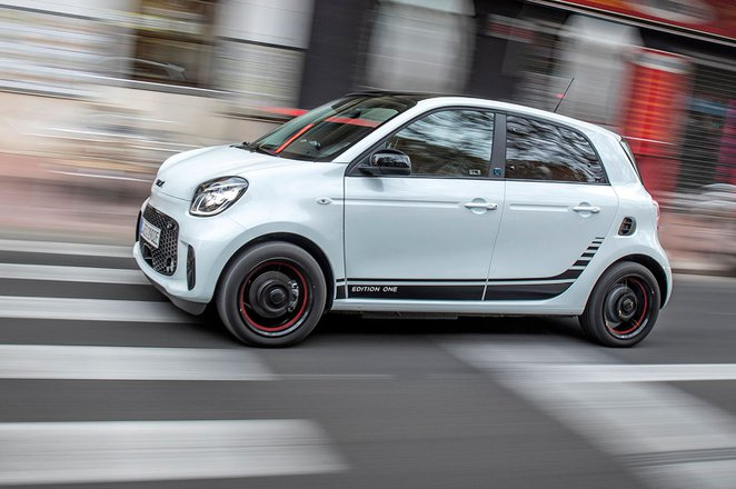 Smart ForFour EQ 2020 LHD press tracking