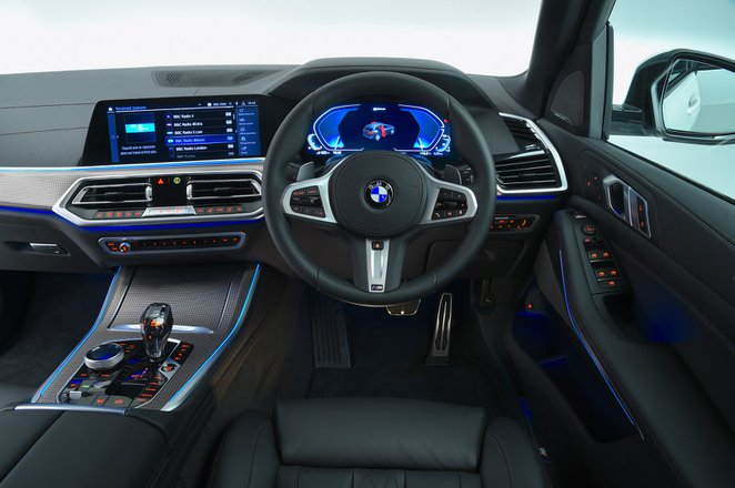 BMW X5 2021 RHD dashboard