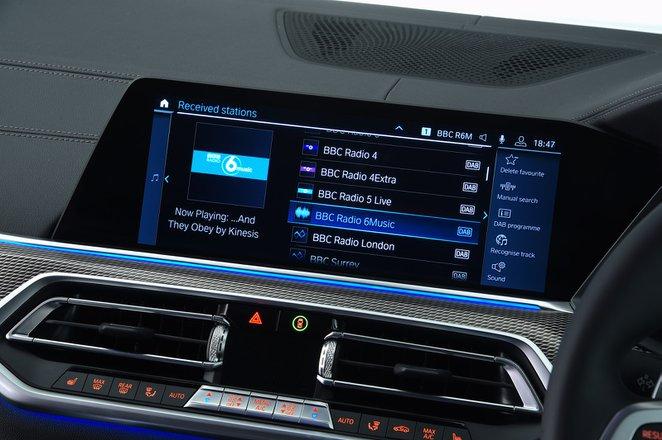 BMW X5 2021 RHD infotainment