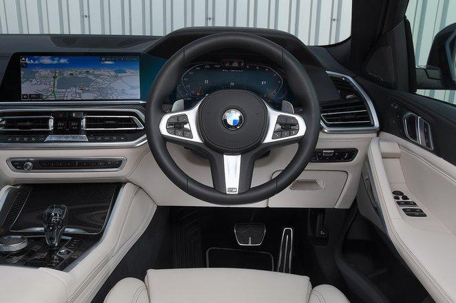 BMW X6 2021 RHD dashboard