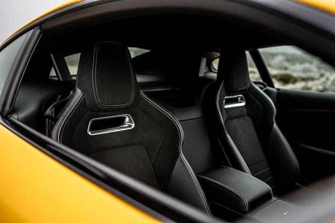 Jaguar F-Type Coupe 2020 RHD front seats