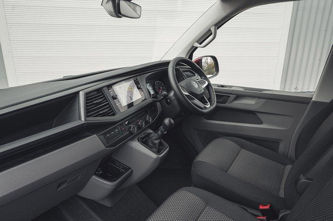 Volkswagen Transporter 6.1 2020 RHD dashboard
