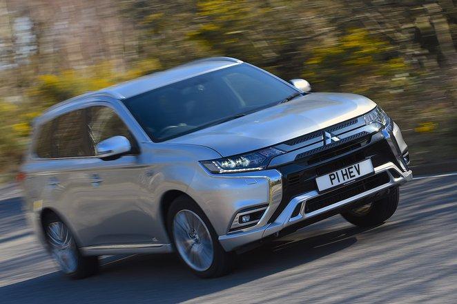 2020 Mitsubishi Outlander PHEV RHD front right cornering
