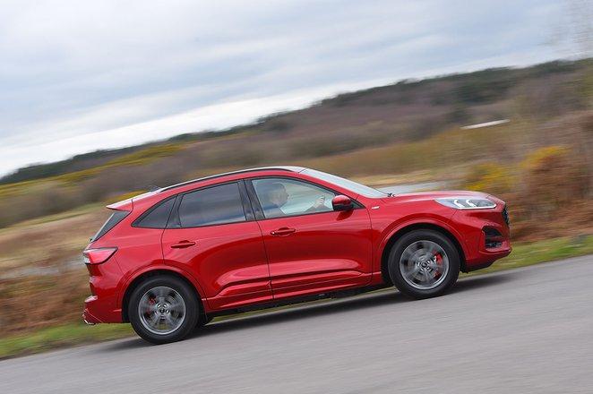 Ford Kuga 2020 RHD right panning