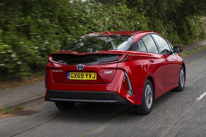 Toyota Prius Plug-In 2020 RHD rear tracking