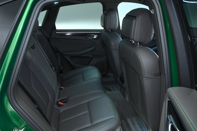 Porsche Macan S rear seats