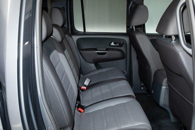 Volkswagen Amarok rear seats - 69 plate