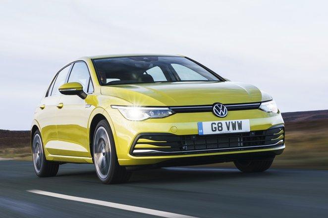 Volkswagen Golf 2021 Mk8 front tracking