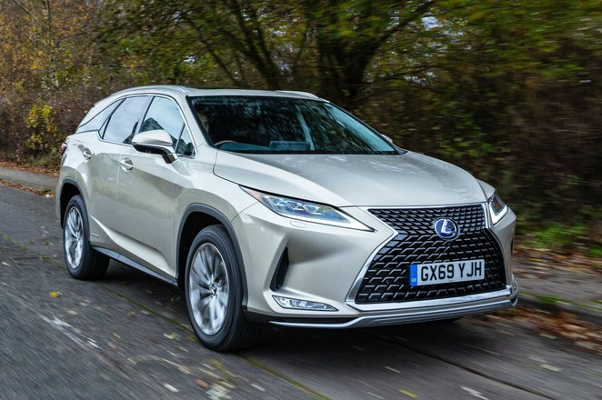 Lexus RX L 2021 front right tracking