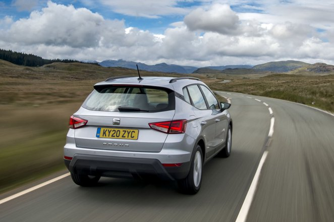 Seat Arona 2020 RHD rear wide tracking
