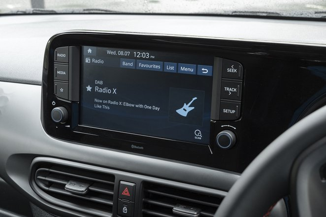 Hyundai i10 2020 infotainment