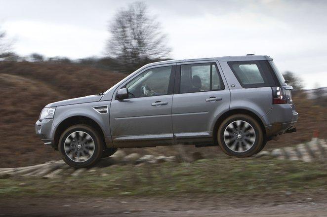 Land Rover Freelander side off road
